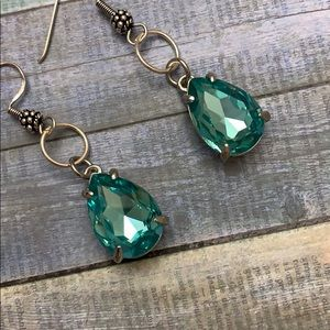 Gorgeous!!! Swarovski Aqua Blue Chrystal Earrings